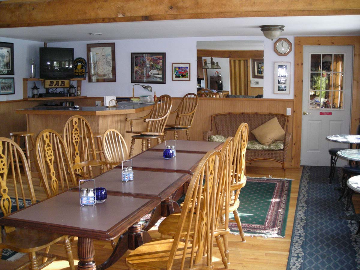 Dining room at Canterbury Farm